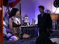 Australian tattooed bungle Jessie Lee is fucked by furious tattooed dude