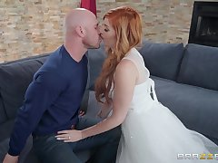 Glamour redhead babe Lauren Phillips gets say no to pretty face cum covered