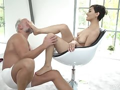 Saleable young Euro whore sucks grandpa cock