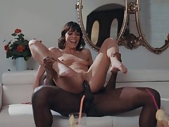 Scandalous mom gets the black cock she needs