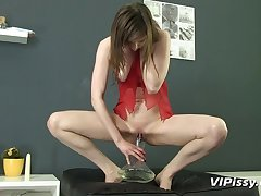 Lingerie girl pours piss on herself with the addition of sucks a gumshoe